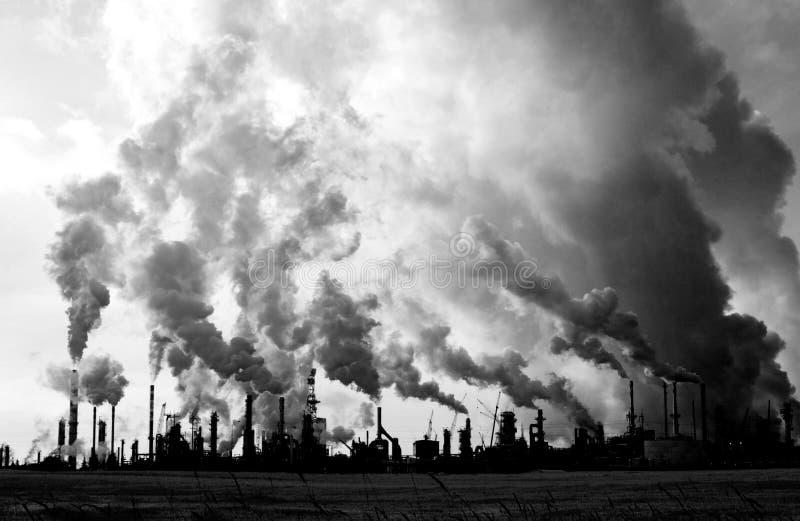 refinaria 1 da poluição fotografia de stock