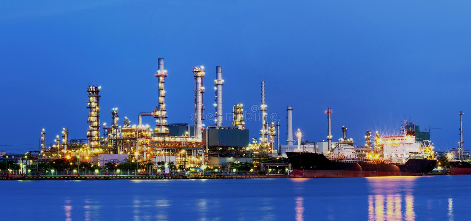 Download Refinery. Royalty Free Stock Photo - Image: 25938515