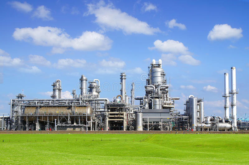 Download Refinery Plant At Europort Harbor, Rotterdam Stock Image - Image: 30909505