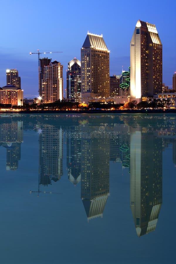 Reflectio, San Diego da baixa foto de stock royalty free