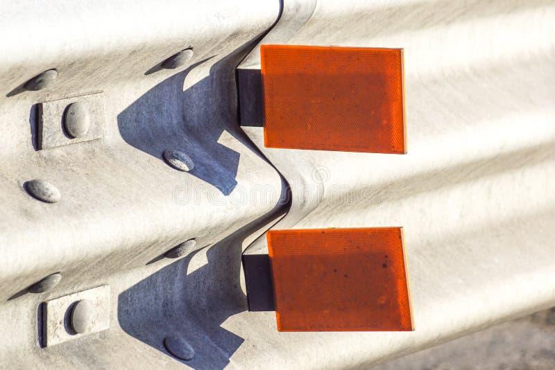 Reflector van een vangrail royalty-vrije stock afbeelding