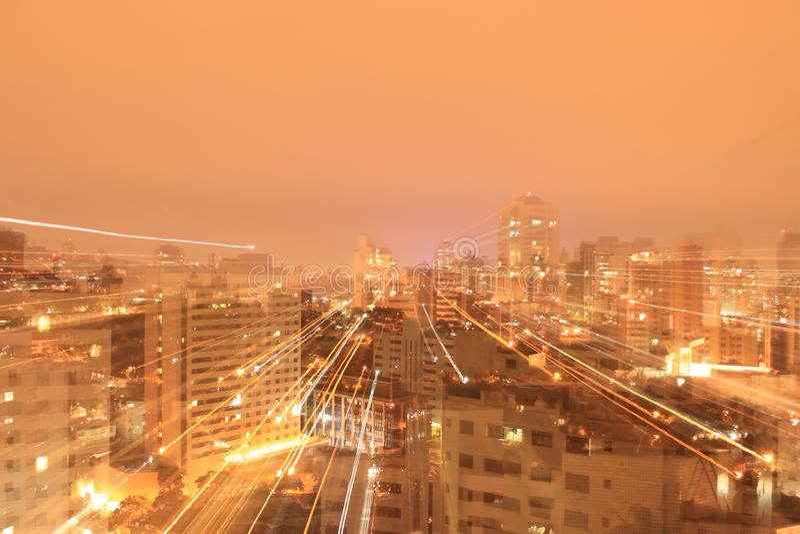 reflekterad flod för stadskremlin liggande natt arkivbild