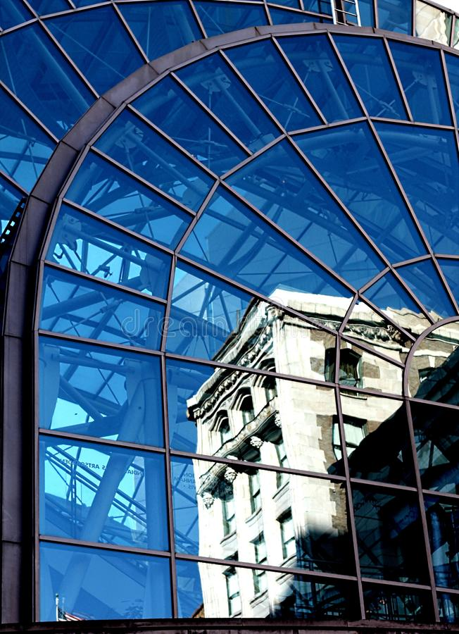 Reflektierendes Glas stockbilder