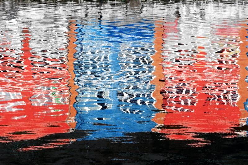 Reflexão abstrata da água fotografia de stock