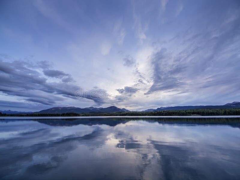 Reflexão abstrata da nuvem foto de stock