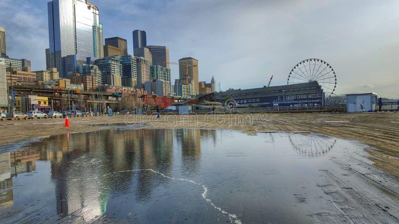 Reflexão borrada de Seattle imagens de stock royalty free