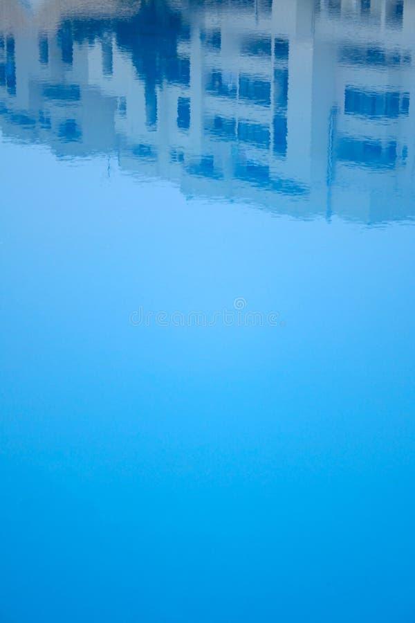 Reflexão da associação do hotel imagens de stock royalty free
