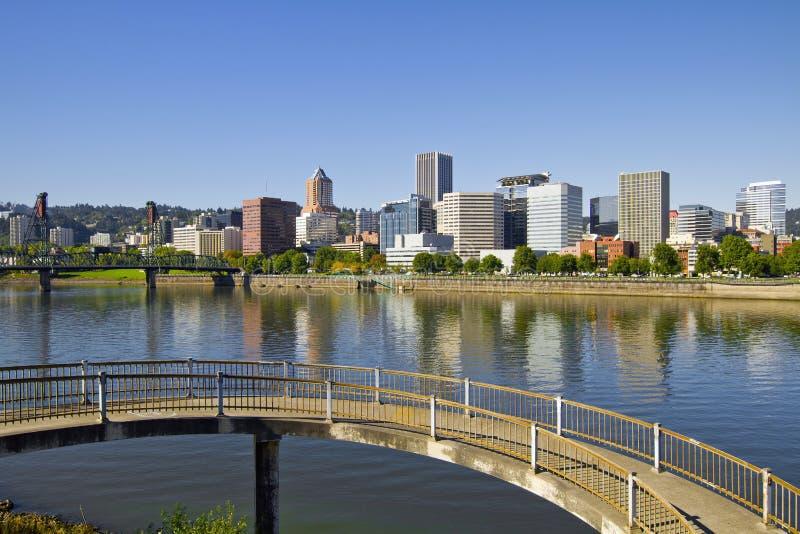Reflexão da baixa 4 da skyline de Portland Oregon imagem de stock royalty free