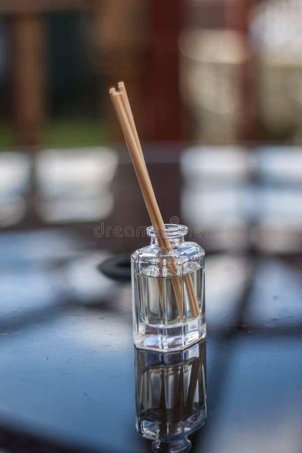 Reflexão da garrafa imagem de stock