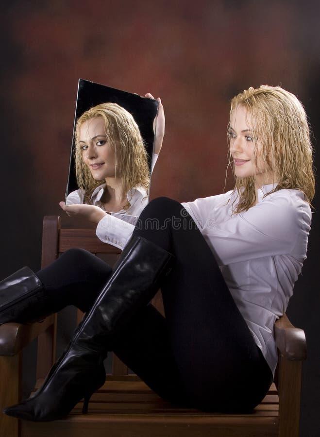 Reflexão de espelho imagens de stock royalty free