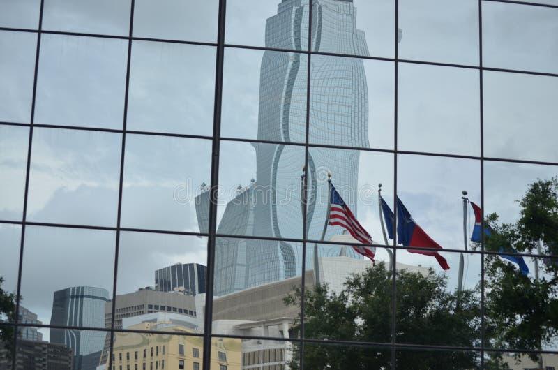 Reflexão do centro de Dallas fotos de stock royalty free