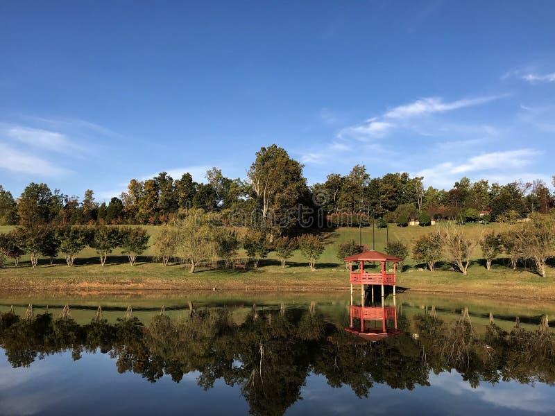 Reflexão do lago foto de stock royalty free