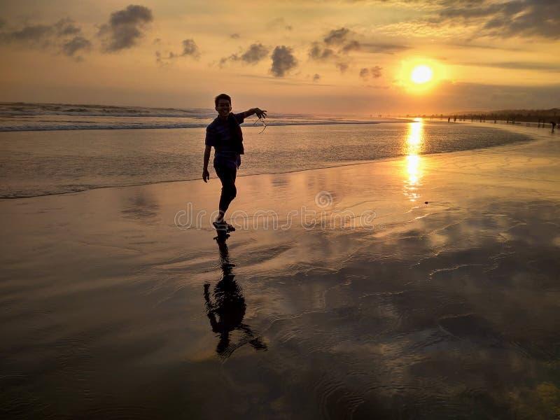 Reflexão do movimento da praia fotografia de stock royalty free