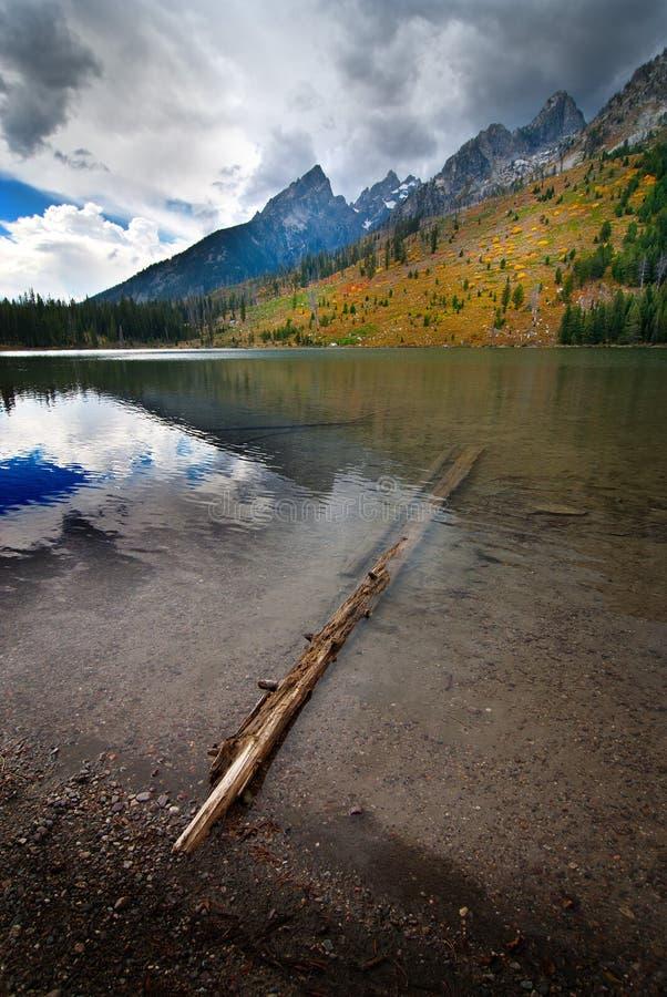 Reflexão grande de Teton do lago string imagem de stock royalty free