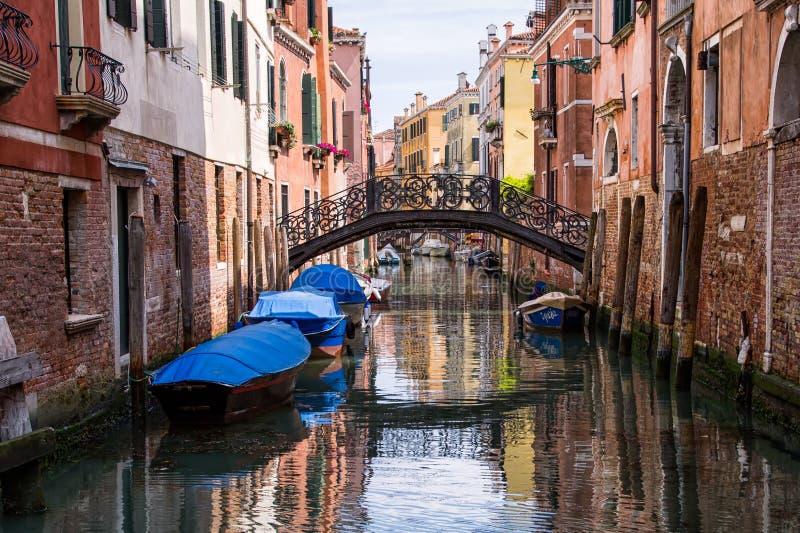 Reflexões da manhã em Veneza fotografia de stock