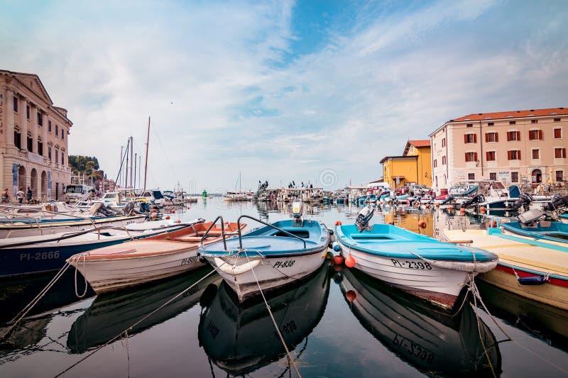 Reflexões de Boat's imagem de stock