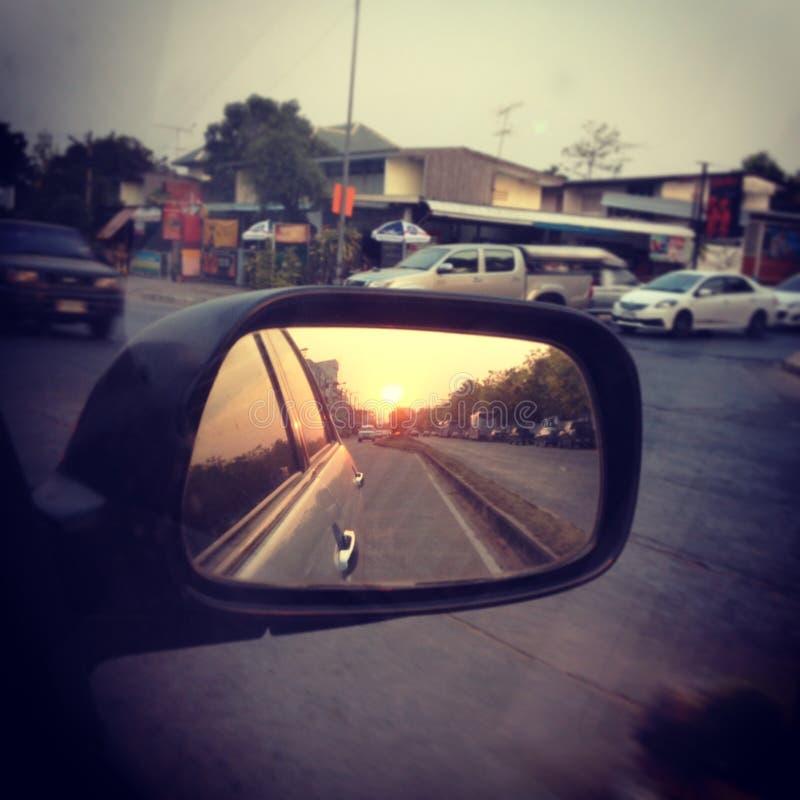 Reflexión de espejo de una entrada del cortijo imagen de archivo libre de regalías