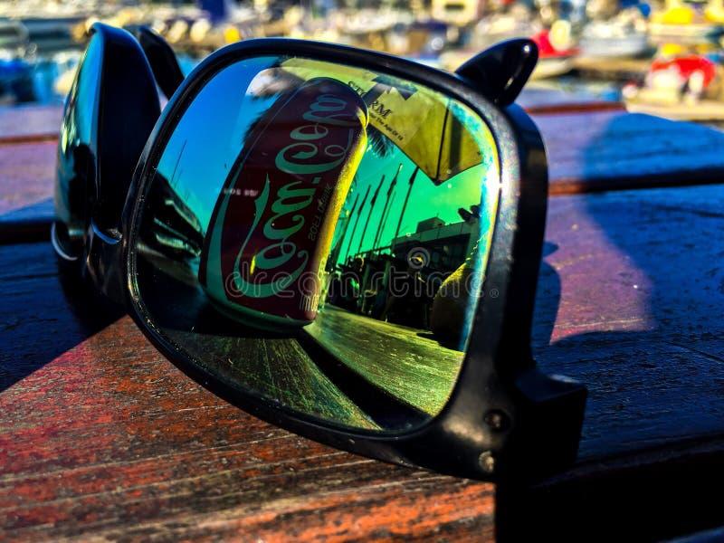 Reflexión de las gafas de sol fotografía de archivo