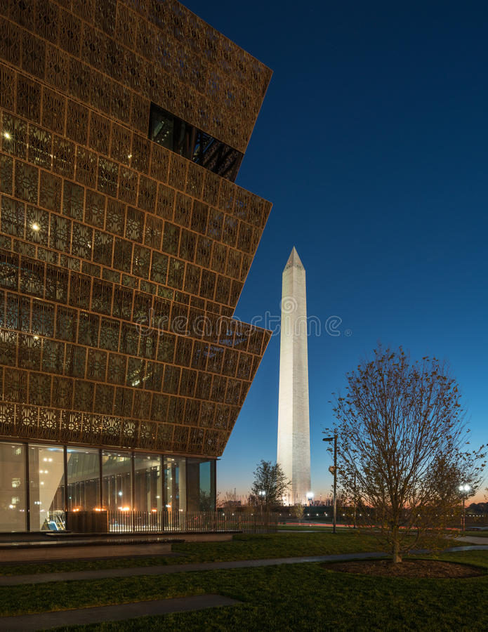 Reflexión de Washington Monument foto de archivo
