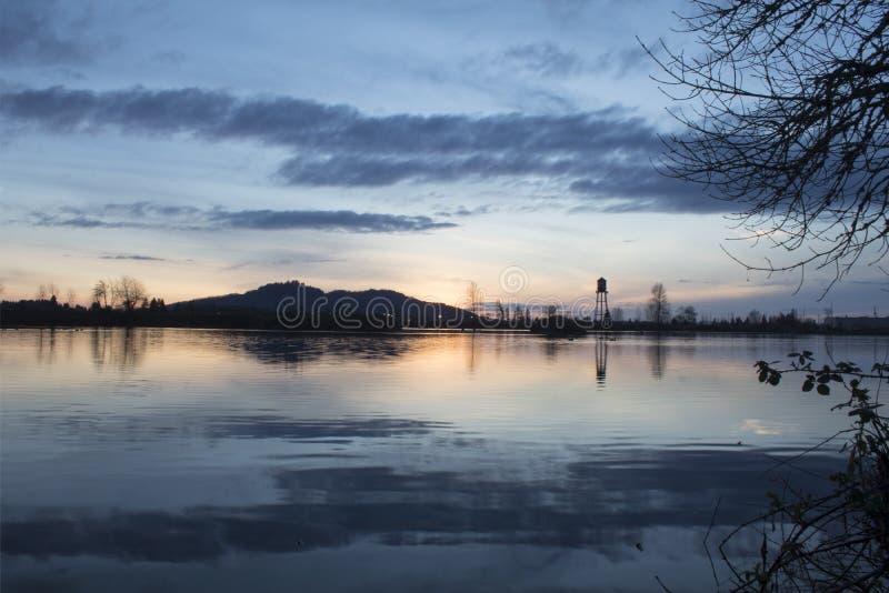 Reflexión del lago Cheadle fotos de archivo