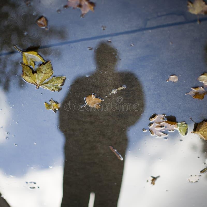 Reflexion der menschlichen Abbildung lizenzfreie stockfotografie
