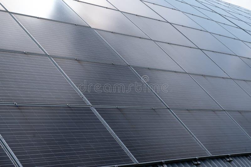 Reflexion för signalljus för solpanelpanoramasol royaltyfri bild