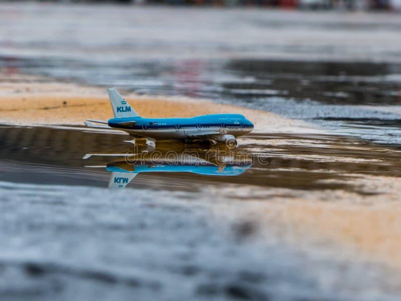 Reflexion i ett KLM fall arkivfoton