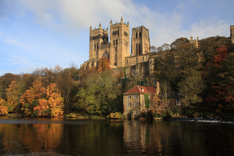 Reflexiones de la catedral de Durham foto de archivo libre de regalías