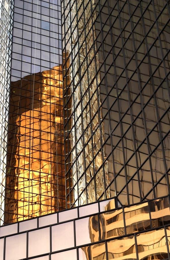 Reflexiones del edificio imagen de archivo libre de regalías