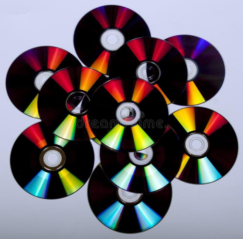 Reflexiones y colores abstractos en los compact-disc fotografía de archivo