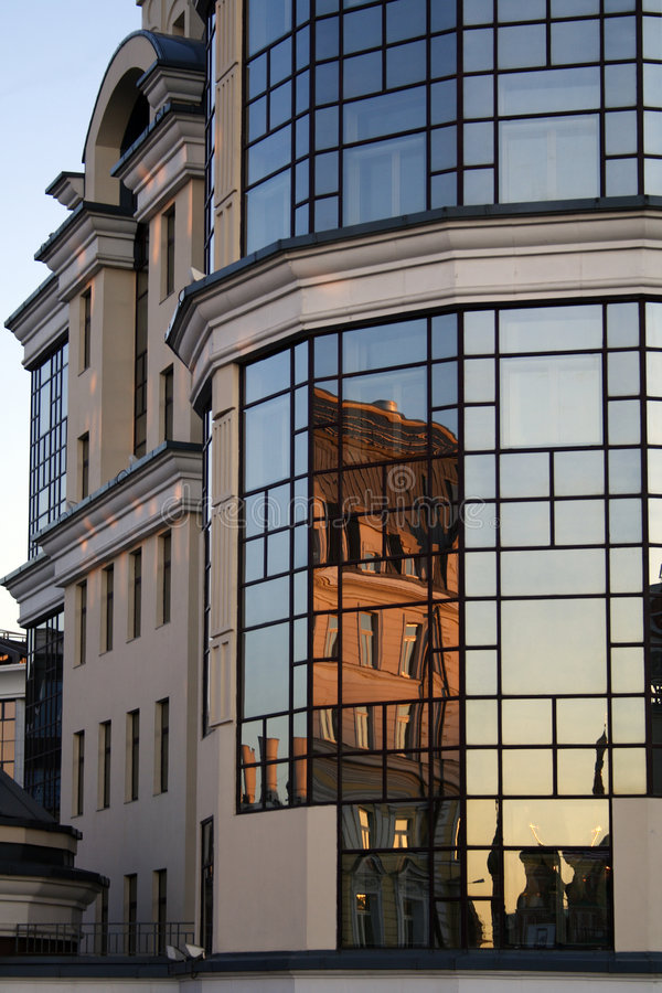 reflexionsfönster arkivfoton