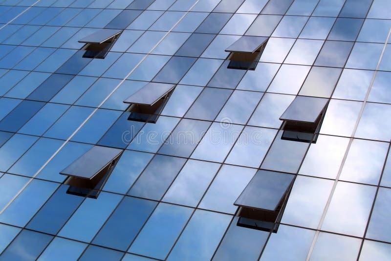 reflexionsfönster royaltyfria bilder