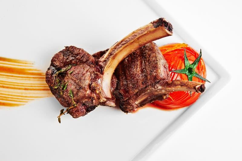 Reforços grelhados da carne Vista superior foto de stock