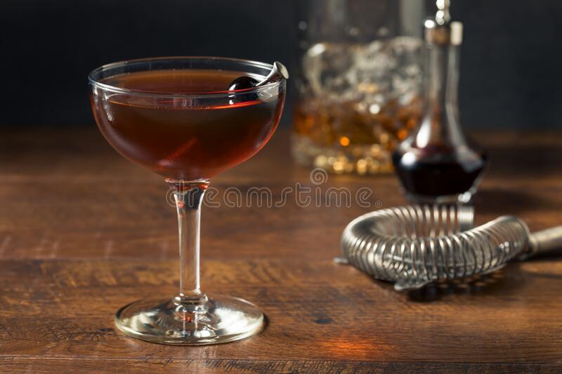 1 482 Manhattan Cocktail Photos Free Royalty Free Stock Photos From Dreamstime