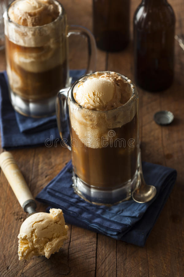 Free Refreshing Root Beer Float Stock Images - 52121224