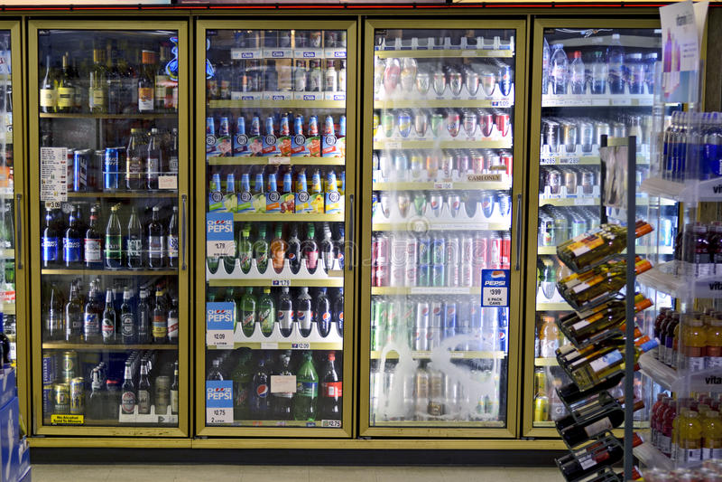 Refrigerador da bebida imagens de stock royalty free