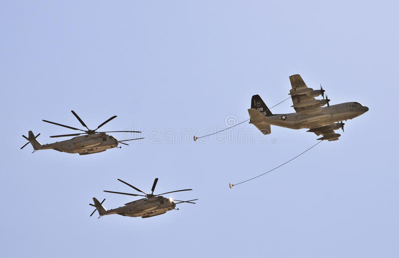 Download Refueling Plane And Helicopters Editorial Stock Photo - Image: 18339808