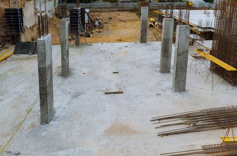 Refuerzo del marco del refuerzo para la casa de marco concreta, encofrado para concreting, construcción de casas imagen de archivo