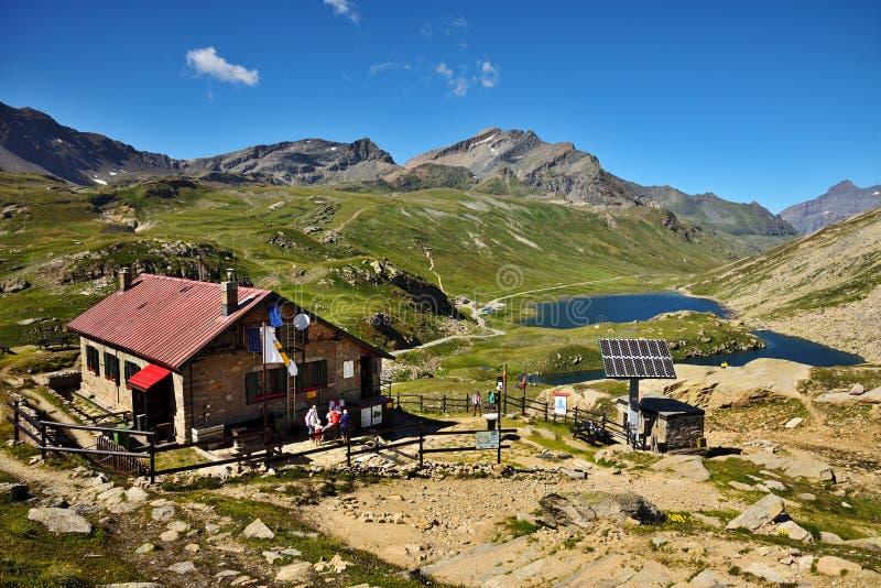 Refuge Cittàdi Chivasso, nel parco nazionale di Gran Paradiso - Italia immagini stock