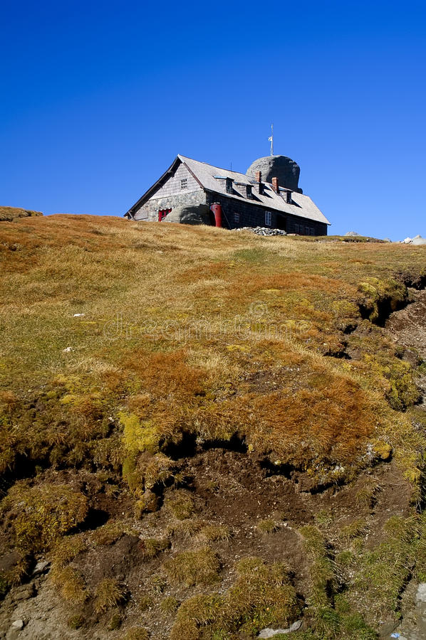 Download Refuge On Mountain Peak In Romania Stock Image - Image of peak, mountain: 10647433