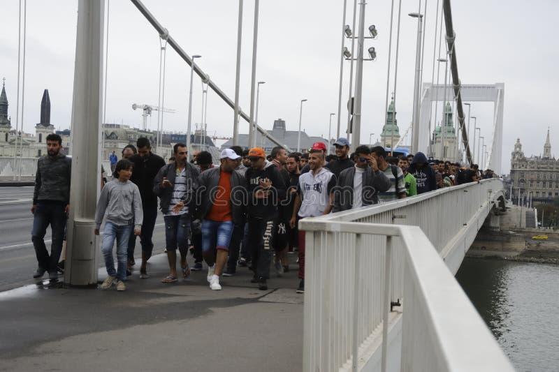 Refugiados en Hungría fotos de archivo