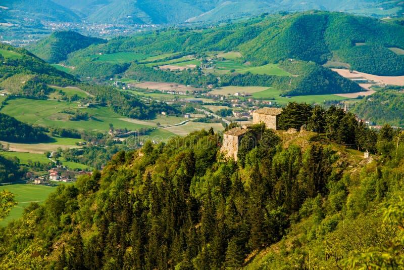 Refugio italiano verde Furlo del paisaje imagen de archivo libre de regalías
