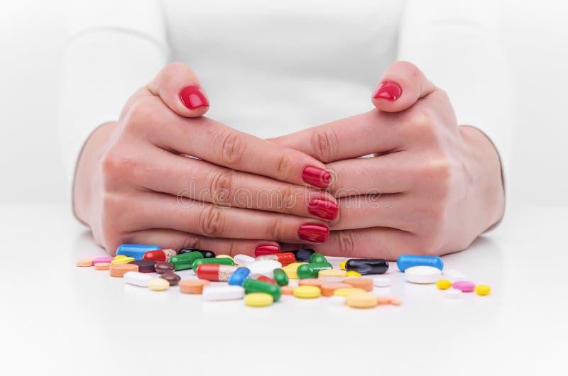 Refus des pilules images stock