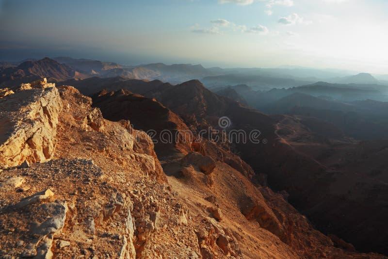 Regain de matin dans le désert Sinai. photographie stock libre de droits