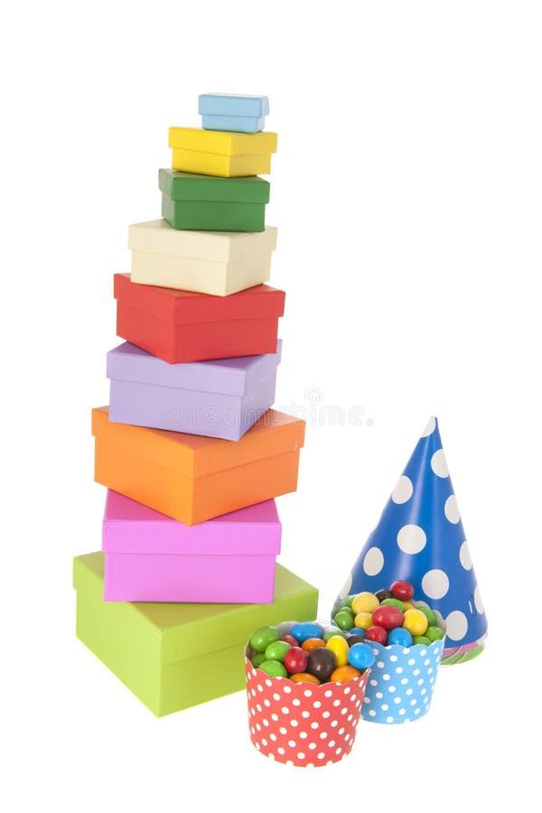 Regali e caramella di compleanno per il partito fotografia stock