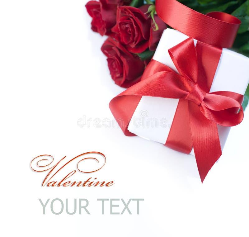 Regalo de la tarjeta del día de San Valentín fotos de archivo libres de regalías