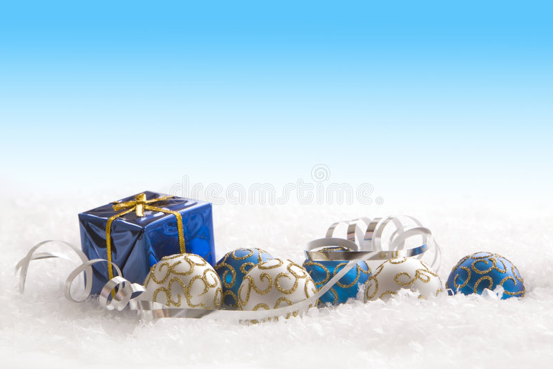 Regalo y ornamentos de la Navidad fotos de archivo libres de regalías