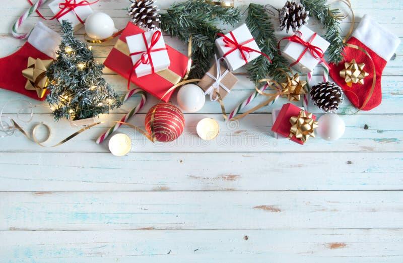 Regalos del fondo de la Navidad foto de archivo libre de regalías