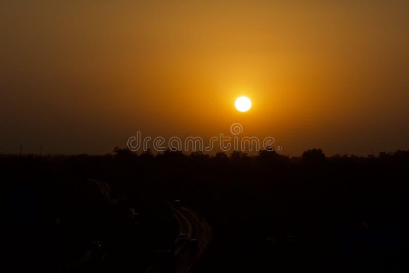 Regard de coucher du soleil photos stock