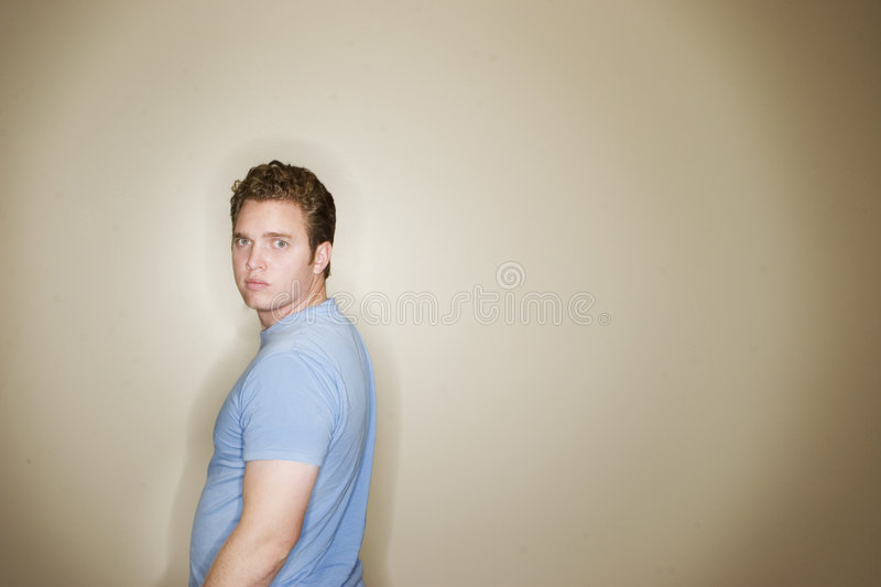 Regard de jeune homme photo stock